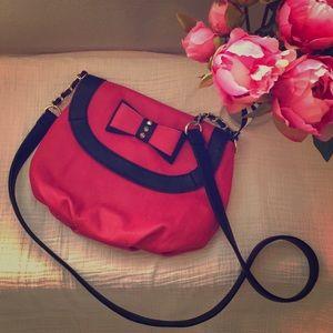 Betsey Johnson pink bow crossbody purse